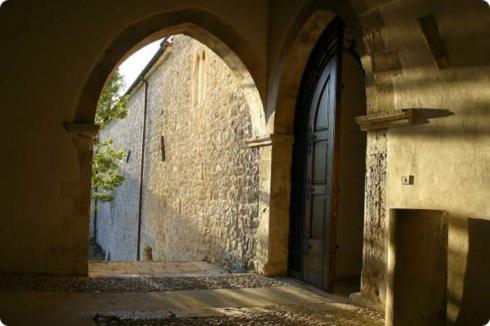 gli interni del monastero di Santo Spirito